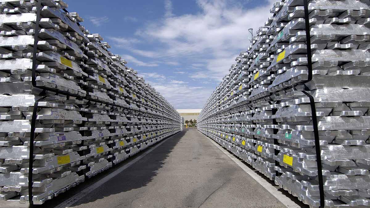 دولتی بودن شرکتهای بالادستی آلومینیوم، چالشی بزرگ برای صنایع پاییندستی