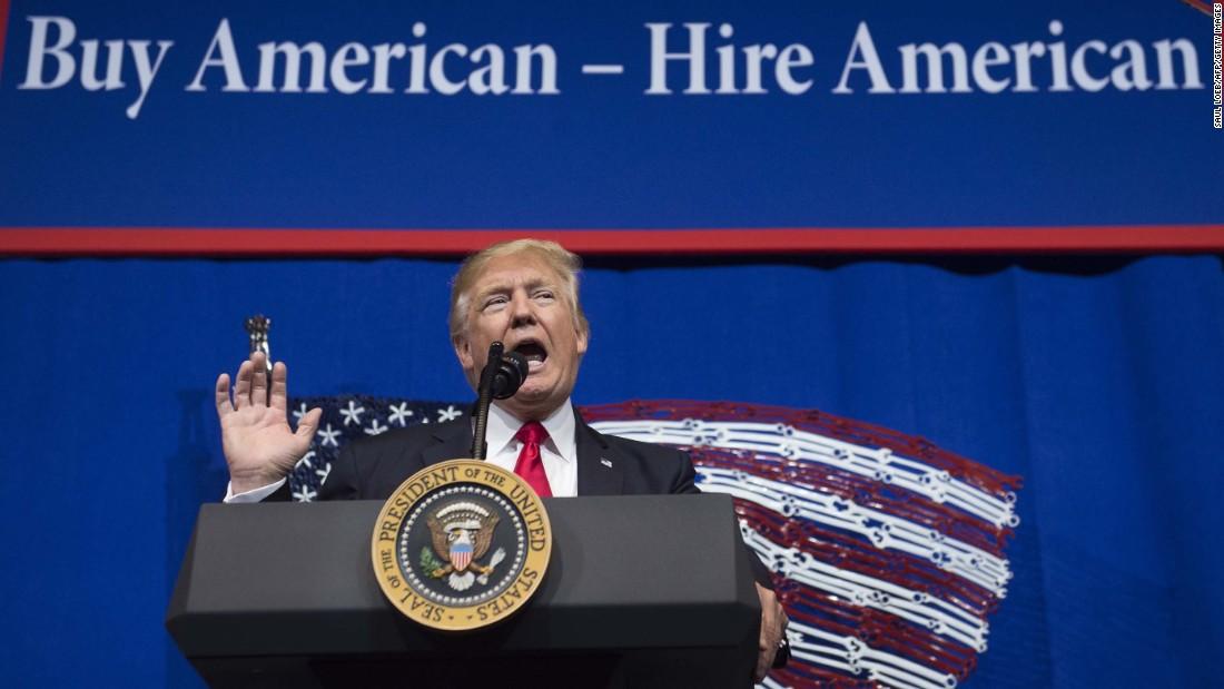دستور ترامپ به شرکتهای داخلی جهت خرید آلومینیوم، فولاد و سیمان آمریکا