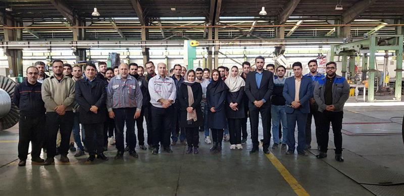 بازدید اعضای هیأت مدیره سندیکای صنایع آلومینیوم ایران از شرکتهای آلومینیوم پارس و آلوم کابل کاوه در شهرک صنعتی کاوه در ساوه