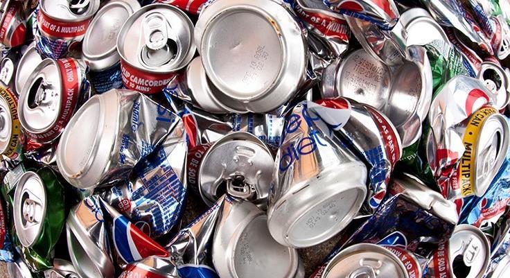 قوطی آلومینیومی همچنان پایدارترین بستهبندی نوشیدنی است