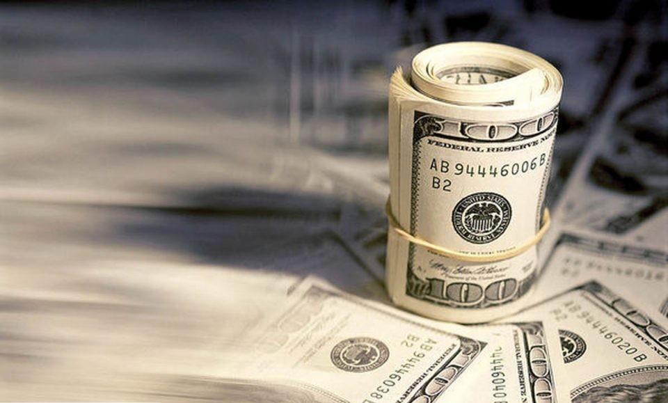 محدودیت فروش ارز صادراتی برای تأمین نیازهای ارزی واردات رونق گرفت