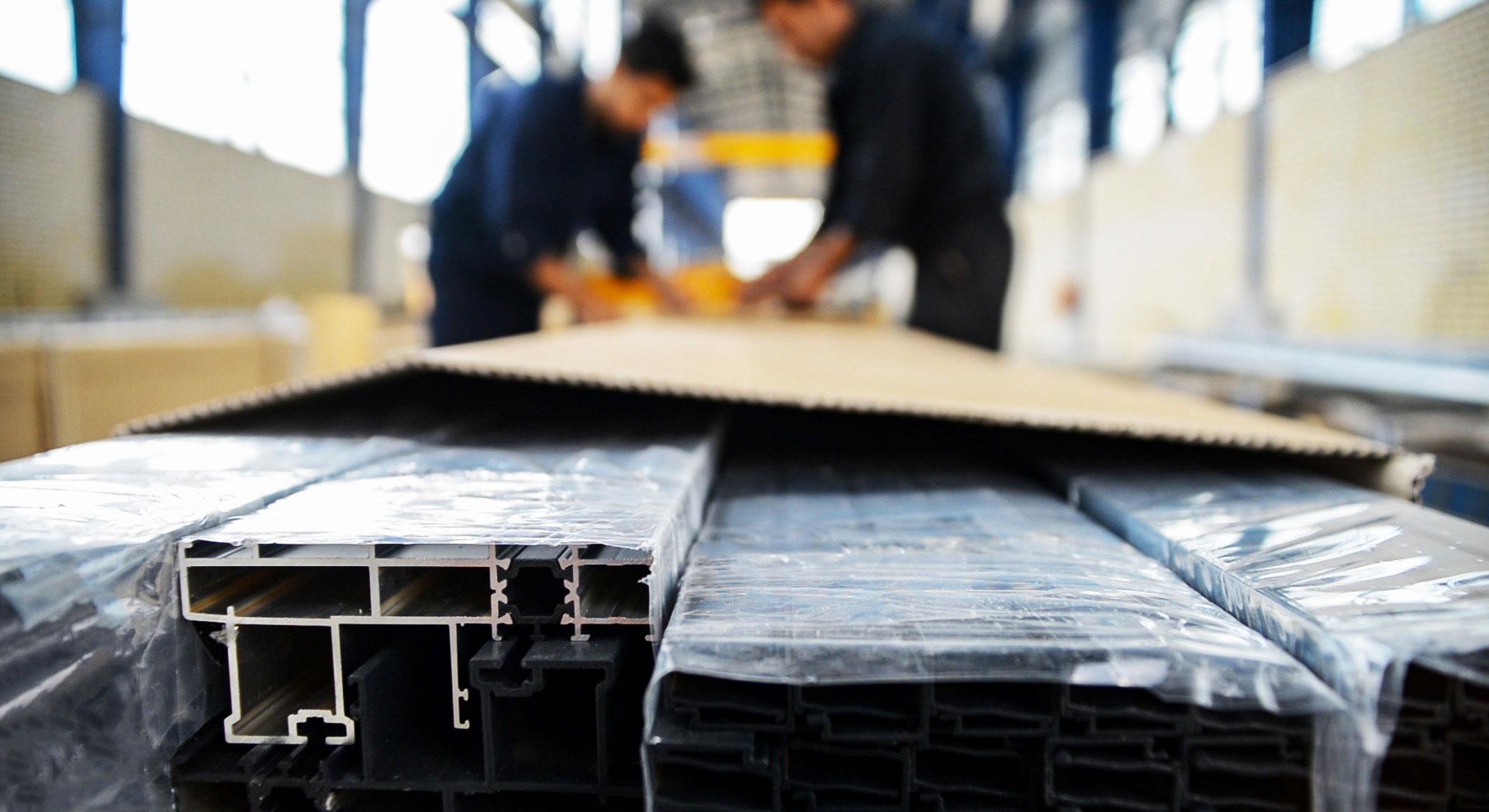 عدم ثبات قیمتی آلومینیوم، تقاضای محصولات PVC را افزایش میدهد