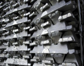 کاهش اندک قیمت آلومینیوم در مسیر صعود