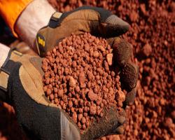 ضرورت استفاده از نخبگان برای تولید آلومینا از بوکسیت کم عیار