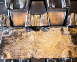 روند تغييرات قيمت آلومينيوم طي يك ماه گذشته در بورس فلزات لندن